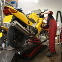 /services/motorcycle-servicing/
