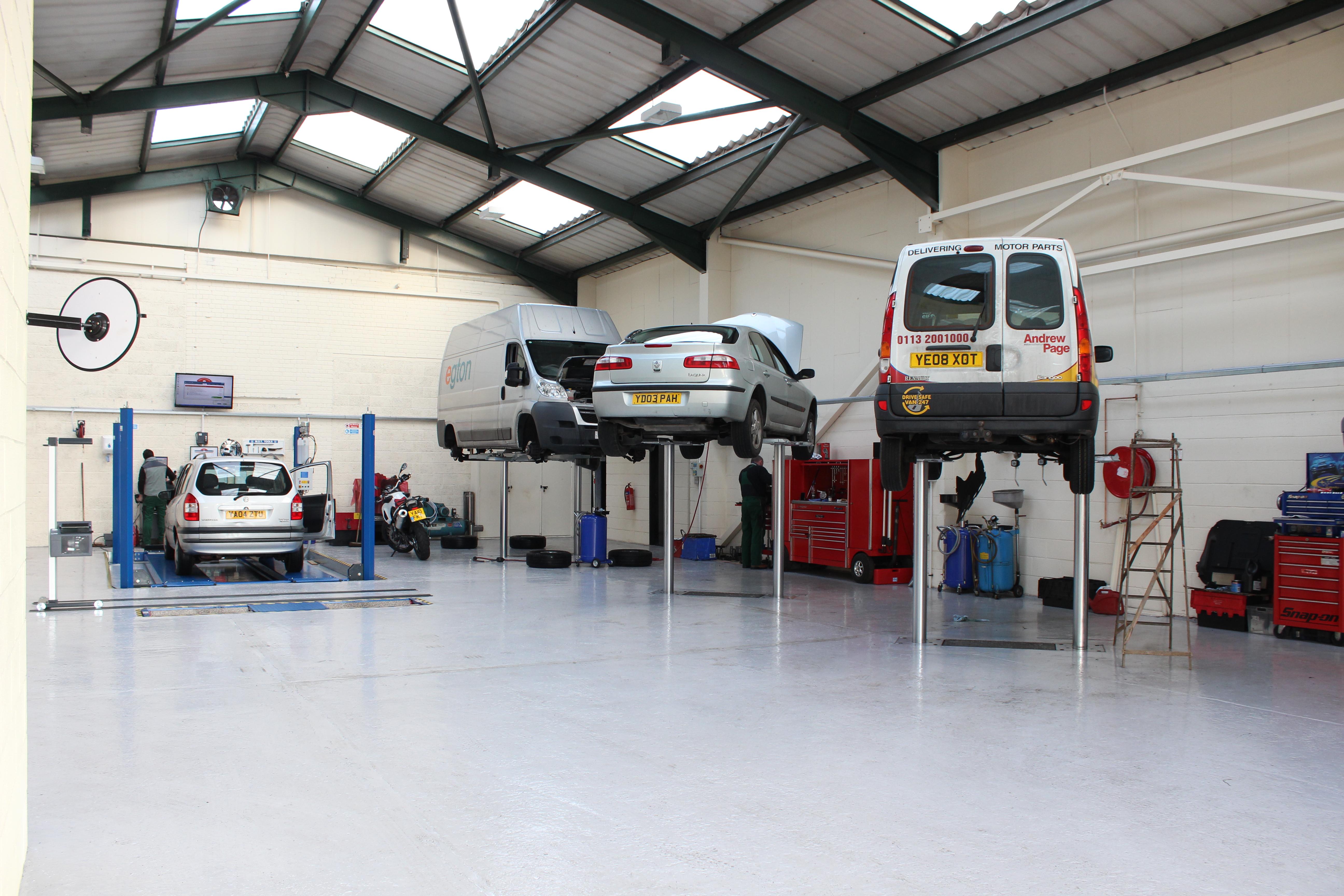 M Amp J Auto Repairs Garage Services Leeds Car Servicing